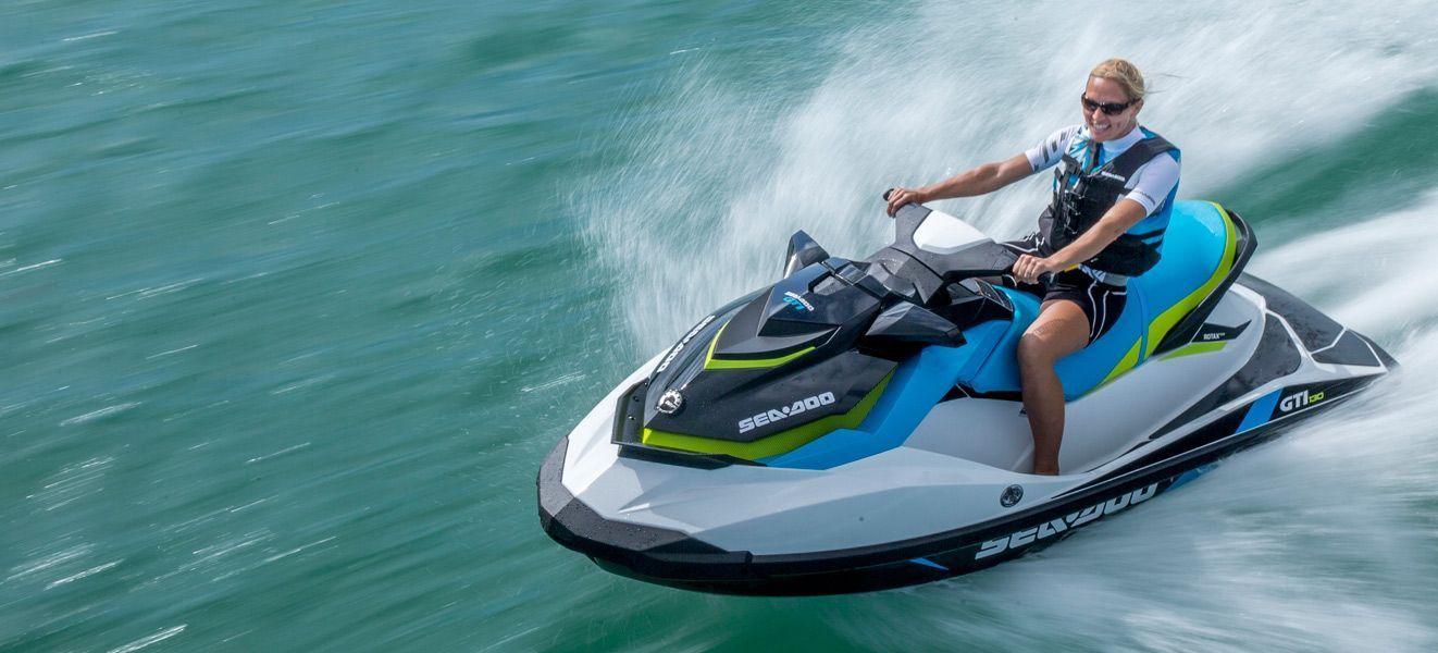 alquiler de motos de agua en cádiz